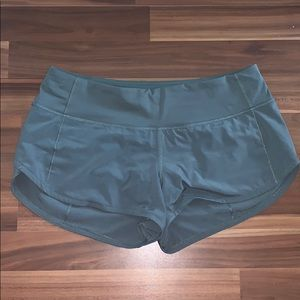 Lululemon Speed Up Shorts Green *2.5""